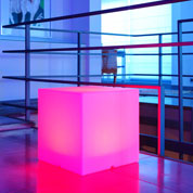 Cubo Multicor Luminoso com Bateria - 40 x 40 x 40